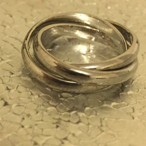 Urban Outfitters Silver Wrap Around Ring